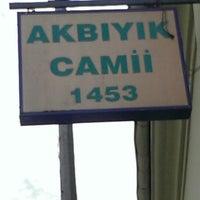 Photo taken at Akbıyık Camii by Gökay K. on 6/11/2014