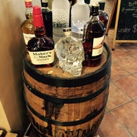 Foto tomada en Gramercy Wine and Spirits  por Gramercy Wine and Spirits el 2/25/2015