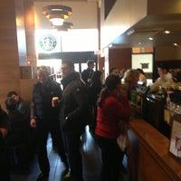 Das Foto wurde bei Starbucks von Adam S. am 11/17/2012 aufgenommen