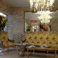 รูปภาพถ่ายที่ Гранд Отель Белорусская โดย Катя А. เมื่อ 11/10/2012