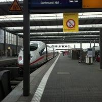 Photo taken at München Hauptbahnhof by Jan B. on 10/29/2012