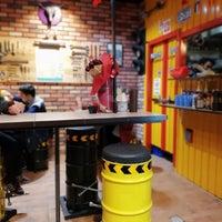 Photo taken at Top Burger by parisa r. on 3/18/2018