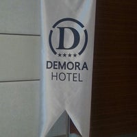 Photo prise au Demora Hotel par özer D. le4/24/2013