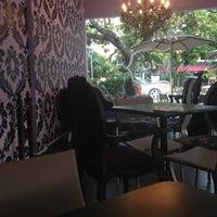 Photo taken at Eterni-Tea by Lauro E. on 6/1/2013