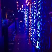 Foto tomada en Upper 683 Club por José Manuel el 7/26/2014