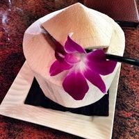 Photo taken at Osha Thai Restaurant & Lounge by Madlen N. on 5/16/2013
