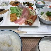 Photo taken at ホテル三楽荘 by Mami O. on 2/18/2017