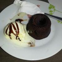Photo taken at Restaurante Giardin by Mariane M. on 2/21/2013