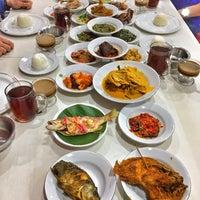 1/18/2018 tarihinde YsmYBziyaretçi tarafından Restoran Sederhana'de çekilen fotoğraf
