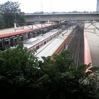 Photo taken at Stasiun Kemayoran by Nurwulan O. on 7/13/2014