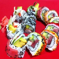 Photo taken at Akikomo Sushi by Restaurante A. on 2/16/2014
