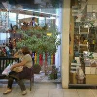 Foto tirada no(a) Montes Claros Shopping por Taty O. em 12/20/2012