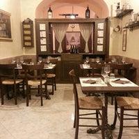 Foto scattata a Osteria Vecchio Vicolo da Anton S. il 5/5/2013