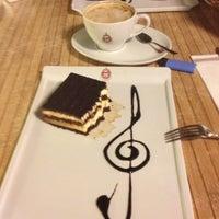 11/27/2012 tarihinde Berna G.ziyaretçi tarafından Kahve Ateşi'de çekilen fotoğraf