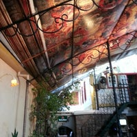 Foto diambil di Escadabaixo Pub e Butiquim oleh Alexandre X. pada 6/16/2013