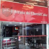 Photo taken at A Casa do Cheesecake by Regiane V. on 6/17/2013