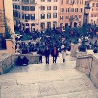 12/26/2012にVicky S.がScalinata di Trinità dei Montiで撮った写真