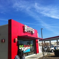 Photo taken at Wendy's by Luis Z. on 11/21/2012