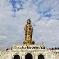 Photo taken at 南海观音 Nanhai Avalokitesvara Bodhisattva by GiB km on 1/2/2017