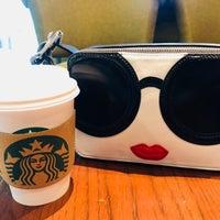 9/9/2018 tarihinde Tata P.ziyaretçi tarafından Starbucks'de çekilen fotoğraf