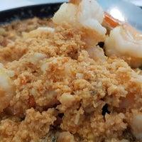 Foto tirada no(a) Phuttaraksa Restaurant por A N. em 1/25/2018