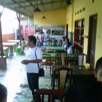 Photo taken at Boli Boli Cafe (Pemandian Air Panas) by Cindy P. on 1/6/2013
