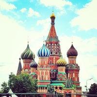 Снимок сделан в Красная площадь пользователем piN 7/19/2013