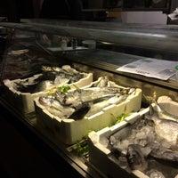 Foto scattata a Fish Market da Axon B. il 7/25/2016