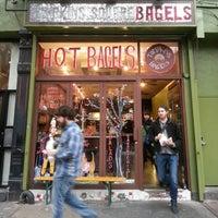 Photo prise au Tompkins Square Bagels par Fabrice G. le1/13/2013