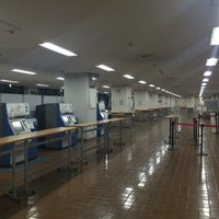 Photo taken at 駒澤大学 駒沢キャンパス1号館 by Noel T. on 5/11/2016