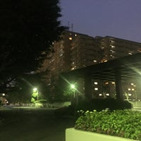 Photo taken at 駒澤大学 駒沢キャンパス1号館 by Noel T. on 5/25/2016