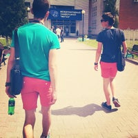 รูปภาพถ่ายที่ Международный университет «МИТСО» โดย Roman G. เมื่อ 6/5/2013