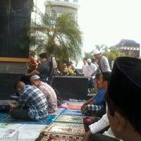 "Photo taken at Masjid ""Agung"" Baiturrahman by Rizky. k. on 10/25/2012"