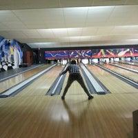 Photo taken at Bowlingpaleis by Mati S. on 4/4/2013