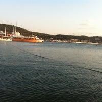 Photo taken at Ayvalık Canlı Balık Restaurant by Bahadır B. on 7/17/2013