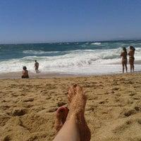 Foto tirada no(a) Praia da Foz por Mariana S. em 8/3/2013