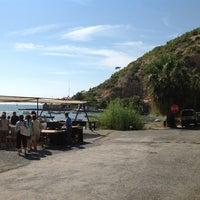 9/13/2012 tarihinde GUL S.ziyaretçi tarafından Karina Balık Restaurant'de çekilen fotoğraf