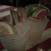 Photo taken at T.G.I. Friday's by Carlos N. on 9/13/2012