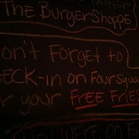 Photo taken at Burger Shoppe by Ronak D. on 6/24/2011