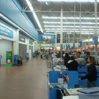 Photo taken at Walmart Supercenter by Arnaldo R. on 12/2/2011