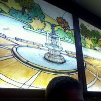 Photo taken at Bella Vita Pizzeria by Matt G. on 11/26/2011