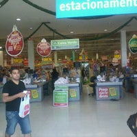 Photo taken at Extra by Glauber R. on 12/11/2011
