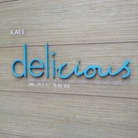 Photo taken at Delicious by Takuma M. on 6/28/2012