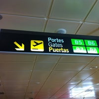 Photo taken at Gate B5 Valencia Airport by APA on 8/12/2012