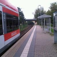 Das Foto wurde bei Bahnhof Dreieich-Weibelfeld von Penny L. am 8/26/2011 aufgenommen