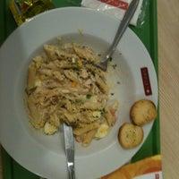 Foto tirada no(a) Spoleto Culinária Italiana por DIego M. em 10/10/2011