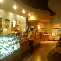 Photo taken at Starbucks Coffee by Flavio on 1/25/2012