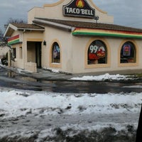 Photo taken at Taco Bell by Kris T. on 1/16/2012
