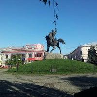 Снимок сделан в Контрактовая площадь пользователем Seba S. 7/24/2012