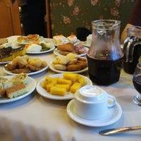 Foto tirada no(a) Bela Vista Café Colonial por Priscila M. em 7/29/2011